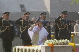India Marks 64th Anniversary of Gandhi's Decease