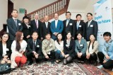 Britain helps NK defectors learn English
