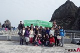 Foreigners embrace meaning of Dokdo