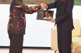 AJA Clip: Indonesian President Jokowi wins AJA Award 2016