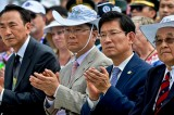 Tearful reunion: 181 South Koreans to meet separated family in North on Aug. 20-26
