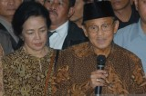 BJ Habibie, the leader who oversaw Indonesia's transition to democracy, progress, dies
