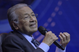 Mahathir: Malays need to change attitude, seize work opportunities