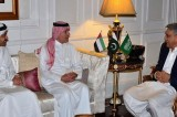 Pakistan's Army Chief meets Saudi, UAE Foreign Ministers