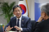 South Korea's culture minister vows utmost help to revive coronavirus-hit arts, tourism