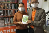 Free book ATM supports reading culture in Hanoi amid virus outbreak