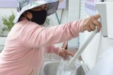"""Rice ATM"" launched in Vietnam to help the needy amid coronavirus pandemic"