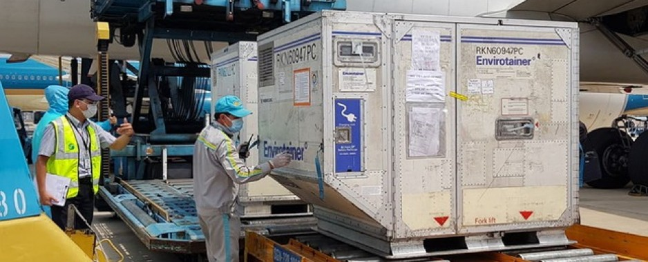 Vietnam receives first batch of Covid-19 vaccine