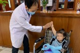 Vietnamese little girl back home following recovery from 12th-floor balcony fall