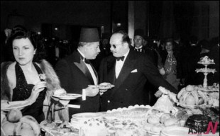 King Farouq of Egypt(R) with PM Nuqrshi