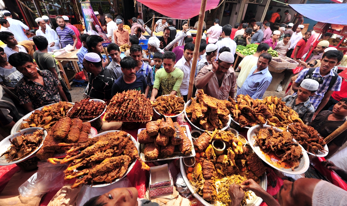 Bangladesh people hit hard with commodity price hike in Ramadan