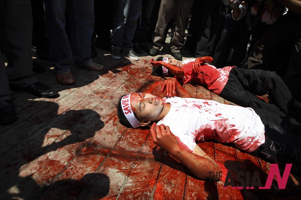 Die-In Performance To Protest Violence Against Muslim In Myanmar