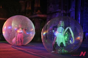 "Mexican Dancers Perform ""Bubble Dance"" During Cultural Program ""Lokrang"" In Bhopal, India"