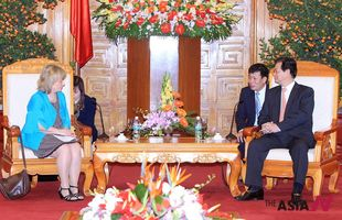 Vietnamese PM talks with visiting Swedish Justice Minister in Hanoi