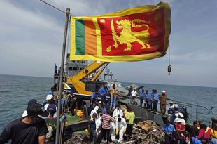 Sri Lankan navy retrieves debris of aircraft gunned down in 1998