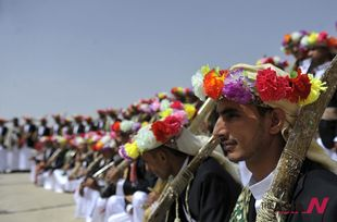 200 orphan couples attend group wedding organized by Yemeni gov't