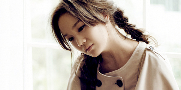 """Korean singer """"JOO"""" in one of her promotional pictures. (official website)"""