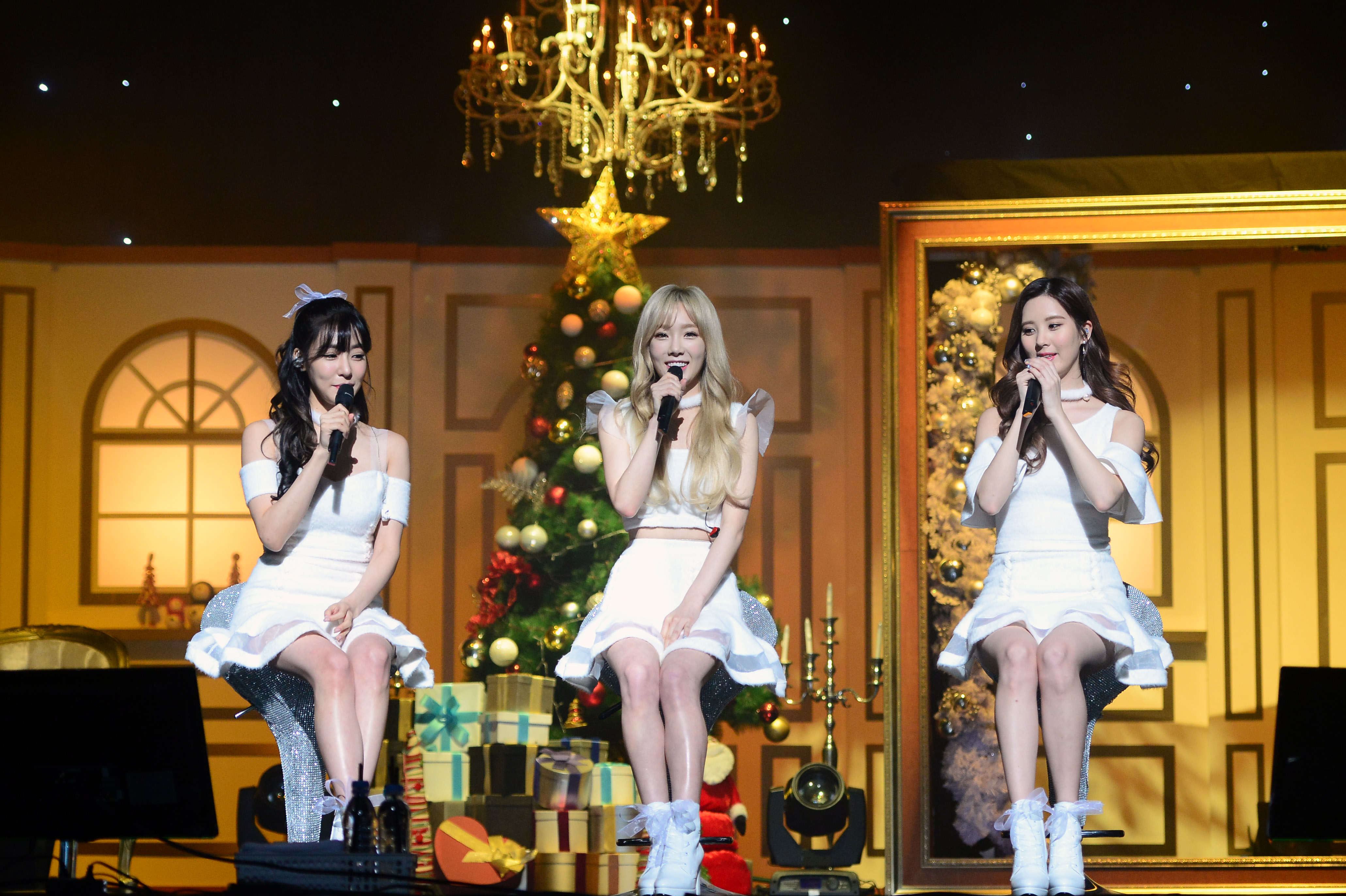 Taetiseo Welcome Winter With Dear Santa Theasian Ajr dear winter official video. theasian