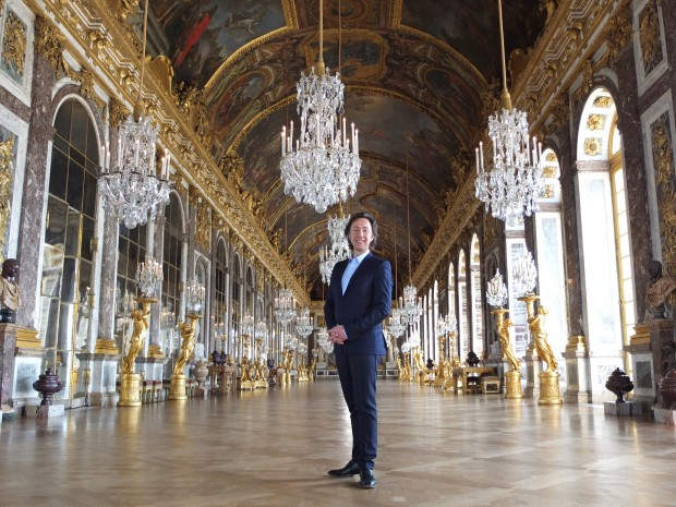 Stéphane Bern in the Hall of Mirrors at the Palace of Versailles Laurent Menec SEP TV FTV. (press release)