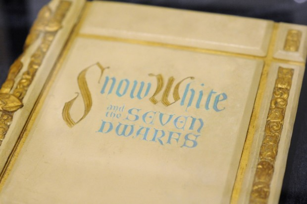 Snow White story book as shown in 1937 film (Wikipedia)