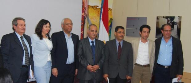 From right: novelist Ibrahim Farghali, Egyptian cultural counselor Dr. Nabil Bahgat, Dr. Mohamed Alim, Author and traveler Ashraf Aboul-Yazid, Egyptian ambassador in Kuwait Yasser Atif, Writer Hoda Al-Shawa, Dr. Nizar Al-Ani.