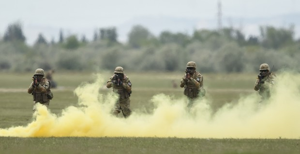 "(160512) -- TBILISI, May 12, 2016 (Xinhua) -- Soldiers participate in the joint military exercises named ""Noble Partner 2016"" at Vaziani base in Tbilisi, Georgia, May 11, 2016. (Xinhua/Lasha Kuprashvili)"