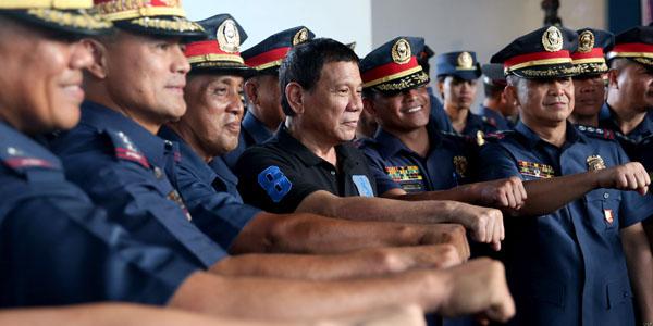101116-duterte-pnp-police