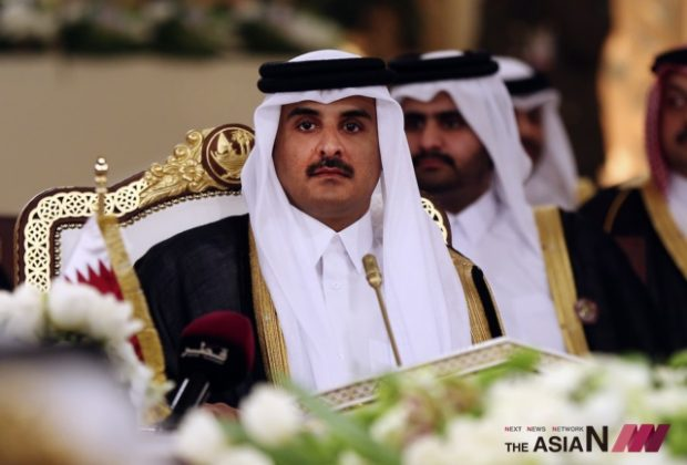 In this Tuesday, Dec. 9, 2014 file photo, Qatar's Emir Sheikh Tamim bin Hamad Al-Thani attends a Gulf Cooperation Council summit in Doha, Qatar. Bahrain says it is cutting diplomatic ties to Qatar amid a deepening rift between Gulf Arab nations. (Photo : AP / NEWSis)