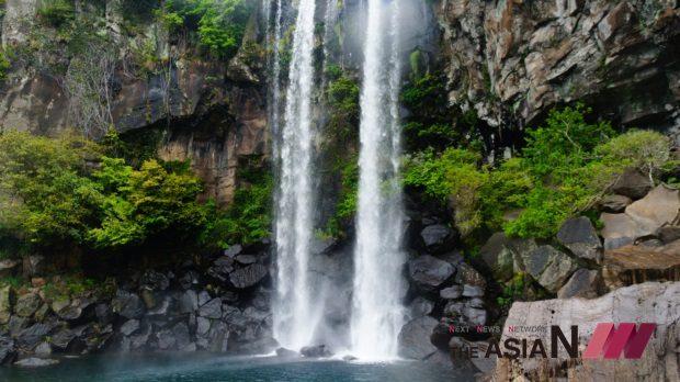 jeju-square-falls-1594575