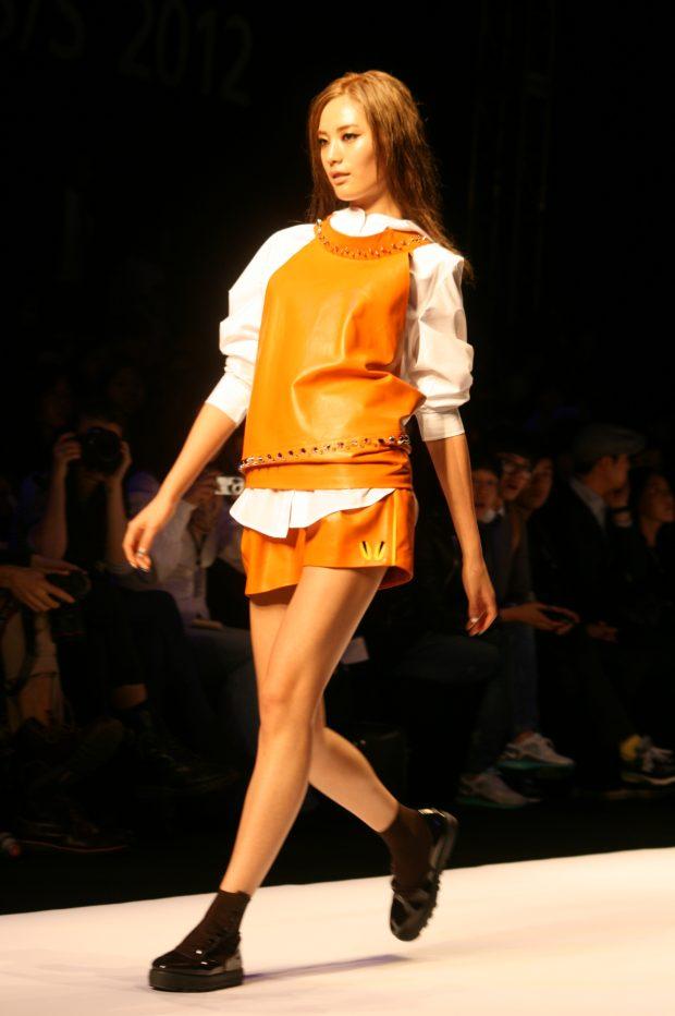 nana_in_2011_seoul_fashion_week