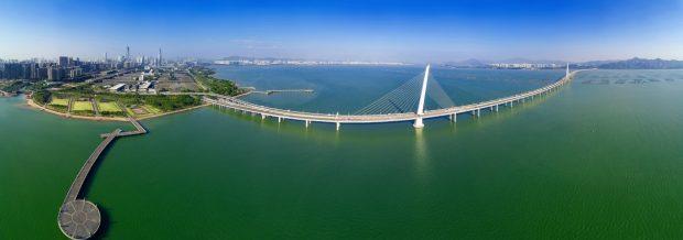 Overview of Shen Zhen Bay bridge, connecting Shen Zhen to Hong Kong