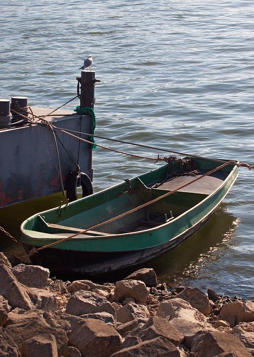 boat-4163642_960_720