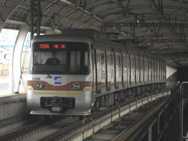 busan-subway-3000-5th-unit-20090223