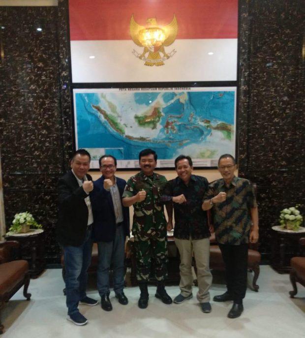 Marshal Hadi Tjahjanto during the meeting with Eddy Suprapto, Ody Mulya Hidayat, Imran Hasibuan and Heru Hendratmoko