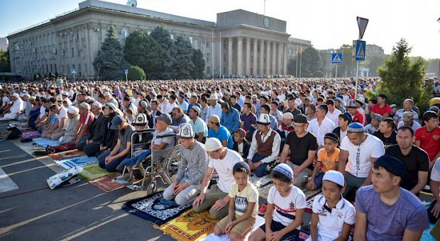 Prayers in kyrgyzstan (Kabar)