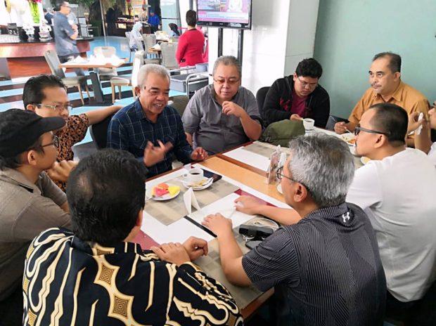 A discussion over breakfast in Jakarta with Indonesia ISWAMI President Asro Kamal Rokan - Bernama