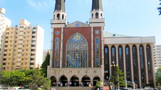 Myungsung Presbyterian Church in Seoul (CT)