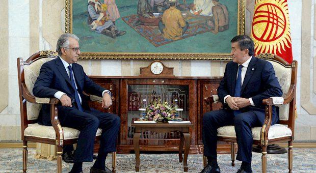Jeenbekov and Salman bin Ibrahim Al Khalifa (Kabar)