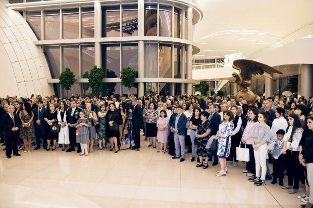 Exhibition visitors at the Heydar Aliyev Center  (Trend)