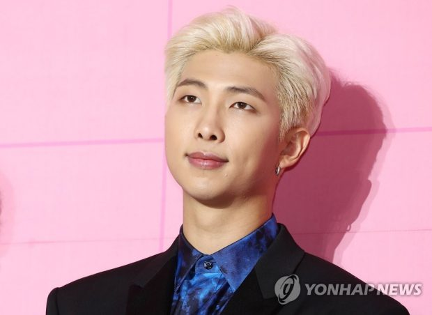 BTS leader RM poses at a press conference at Dongdaemun Design Plaza in Seoul on April 17, 2019 (Yonhap)