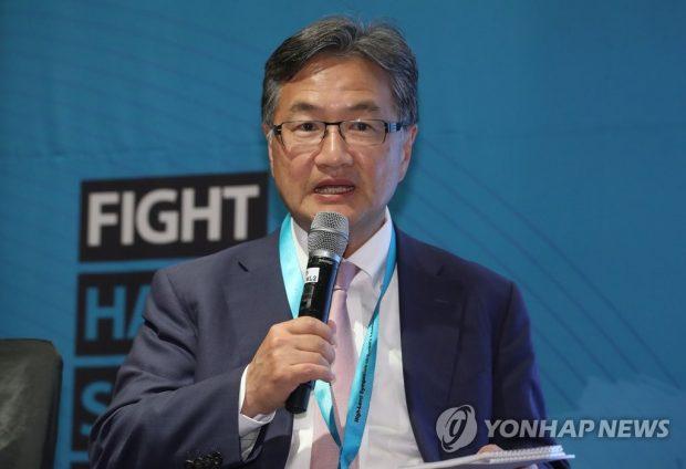 Joseph Yun speaking during a symposium in Seoul on Aug. 27 (Yonhap)
