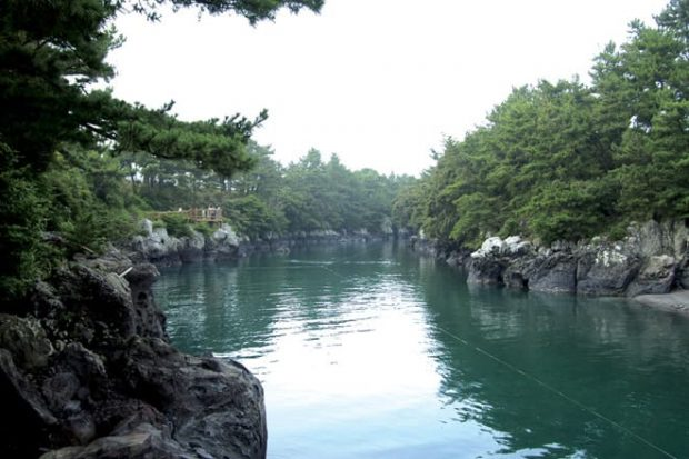 Seoesokkak. Mysterious puddle where the wind brushes past. Photo by Jeju Tourism Organization