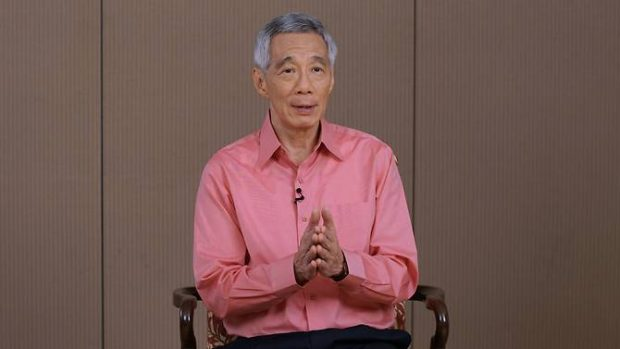 PM Lee at the recording of his remarks on the novel coronavirus situation. (Photo: MCI)