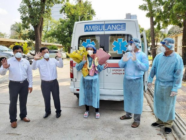 Cambodia's last COVID-19 patient leaving the hospital (AKP)