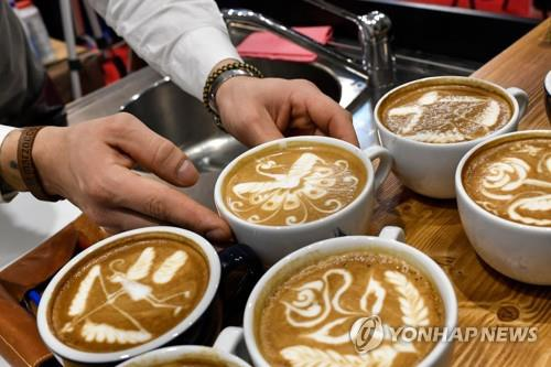Cups of coffee. (Yonhap)