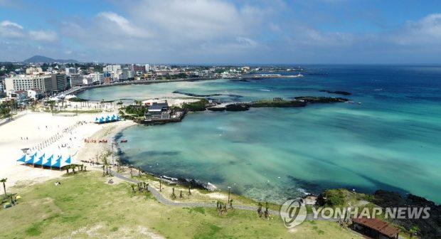 Hamdeok Beach on Jeju Island (Yonhap)