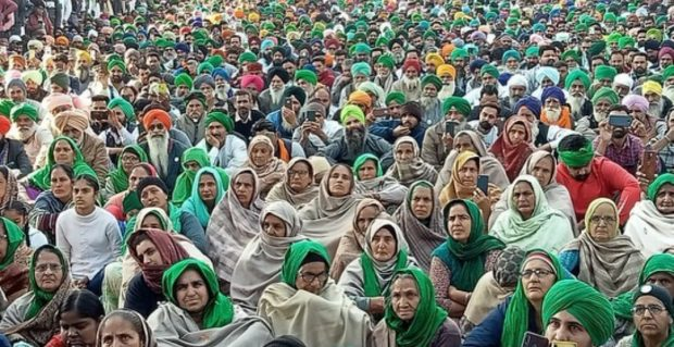Women farmers sit in solidarity at one of the borders (Tikri) surrounding New Delhi.