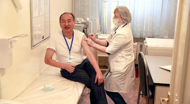 Kyrgyzstan rolls out vaccination program