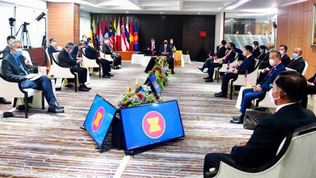 Southeast Asian leaders meet at the ASEAN Secretariat in Jakarta on April 24. Myanmar junta chief Min Aung Hlaing is seated in the foreground at right. © Indonesian presidential office via AP